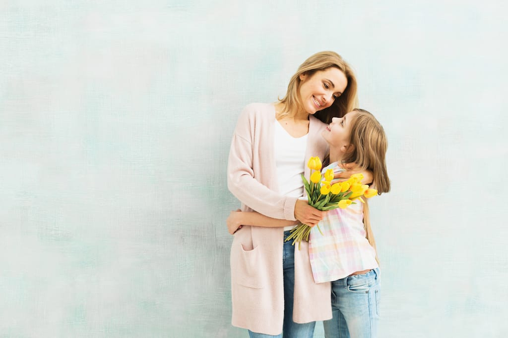Top 5 Personalized Christmas Gift Ideas for Mom in 2019