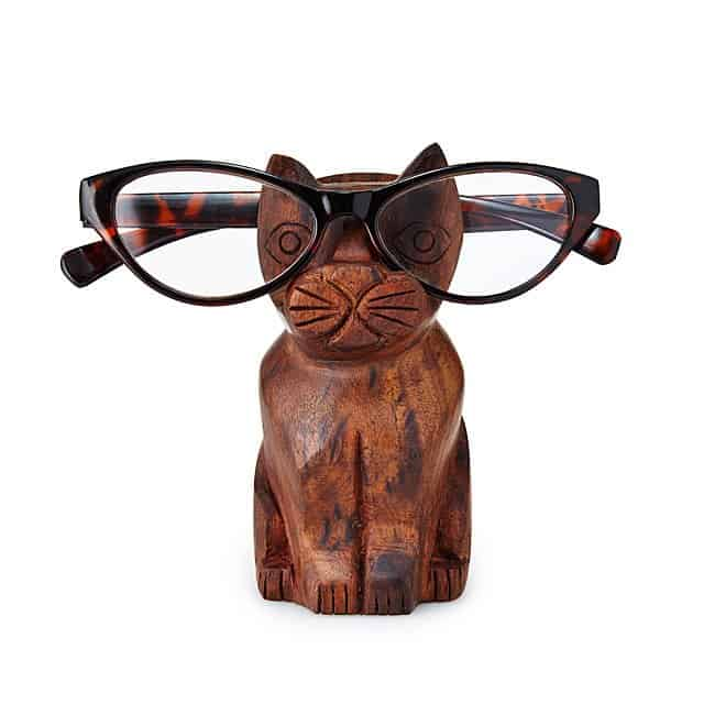gift ideas for grandma: cat eyeglasses holder
