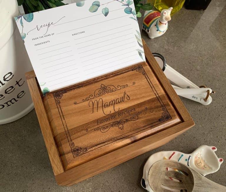 gift for grandma: personalized recipe box