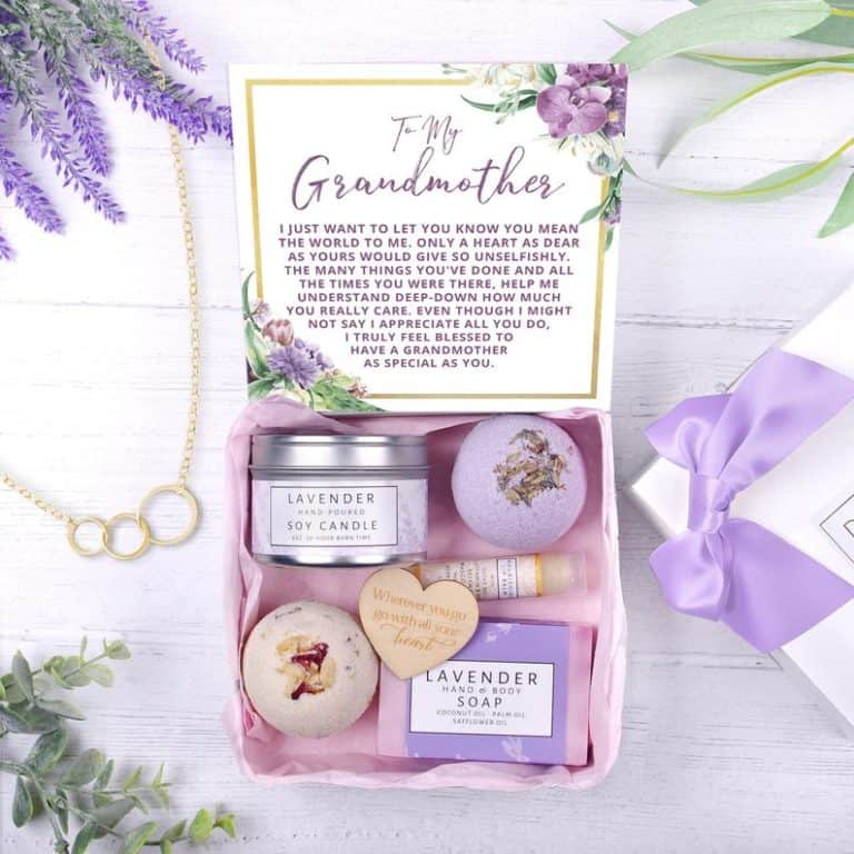 grandma gifts: spa gift box