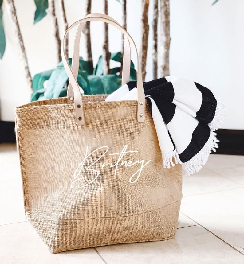 bridal party gift ideas: Personalized Burlap Bags