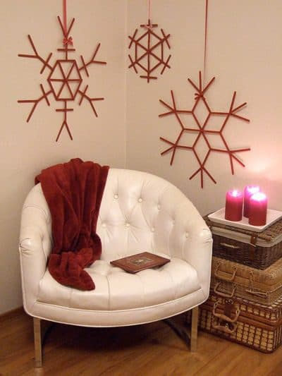 giant crafted snowflakes christmas wall decor ideas