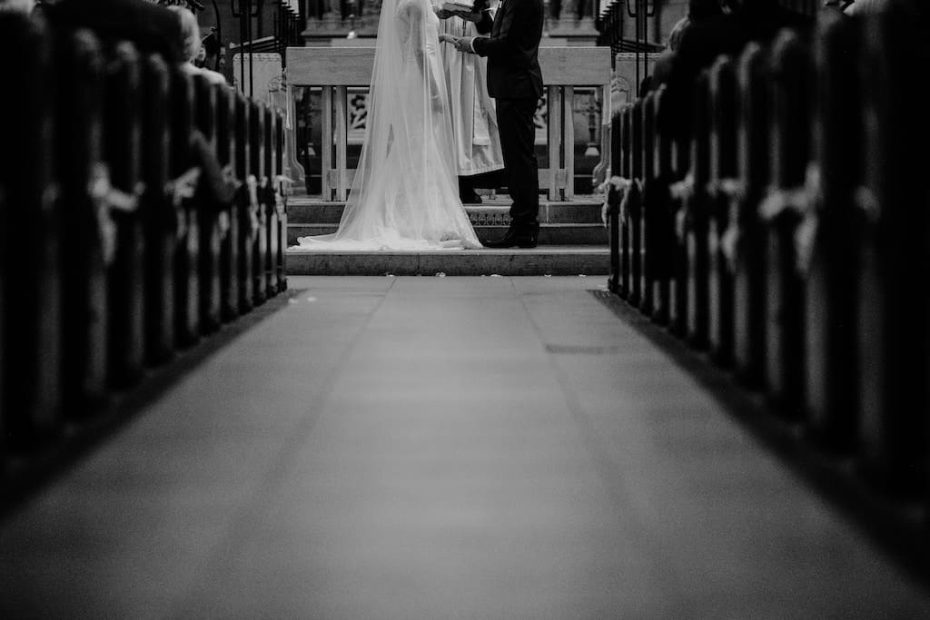 Wedding Vows For Her 10 Non Traditional Vows To Inspire You