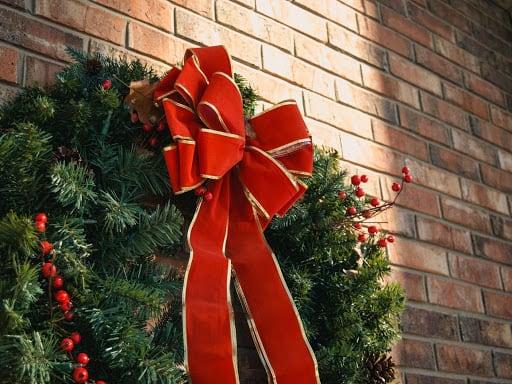 christmas wreath office christmas decoration ideas