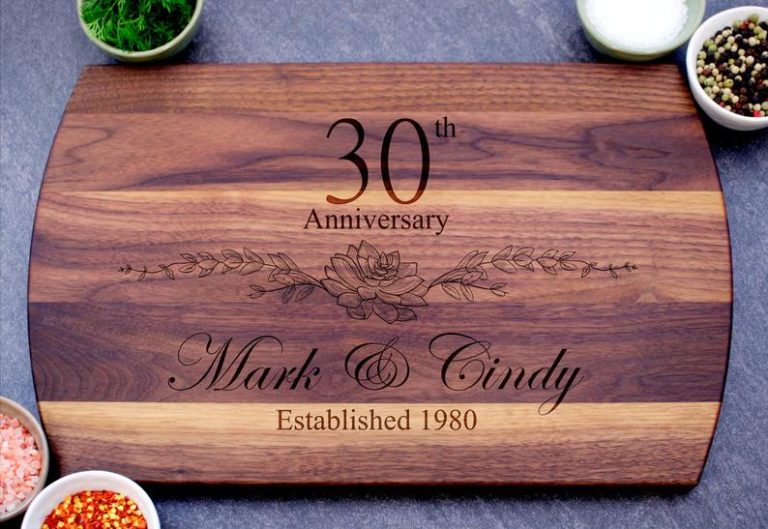 30th gift ideas - personalized cutting board