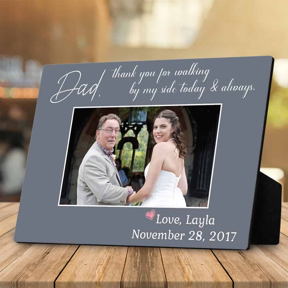 a desktop plaque with a thank you message from the bride to her father