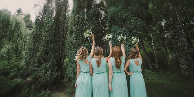 47 Bridal Party Entrance Songs to Brighten Up Your Wedding Day