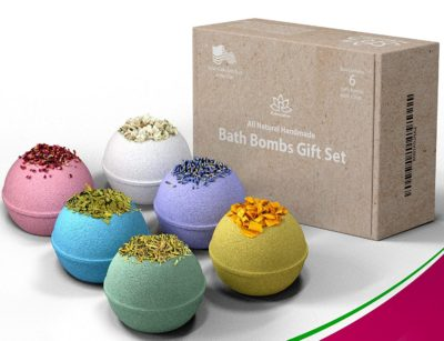 mothers day gifts for new moms: organic bath bomb gift set