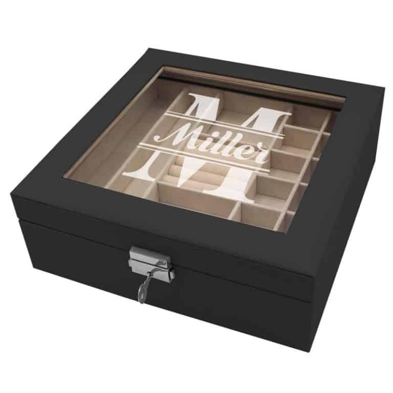 best gift for mom: custom jewelry box