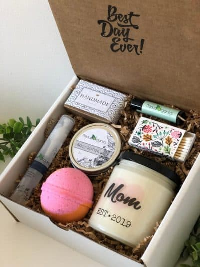 first mother's day gift: pregnancy gift set