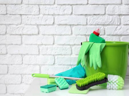 cleaning service gifts - best presents for mom
