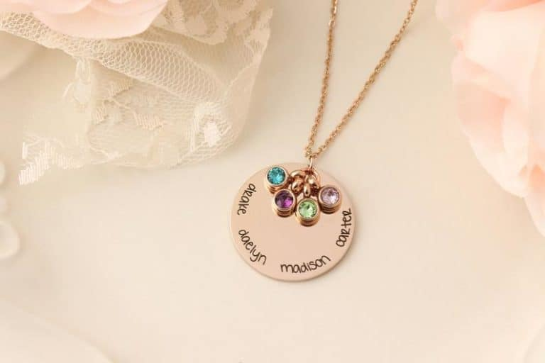 grandma necklace with kid names
