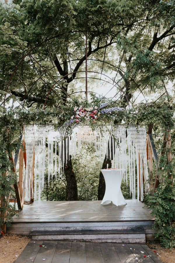 enchanted wedding backdrop decoration idea for weddings in the forest