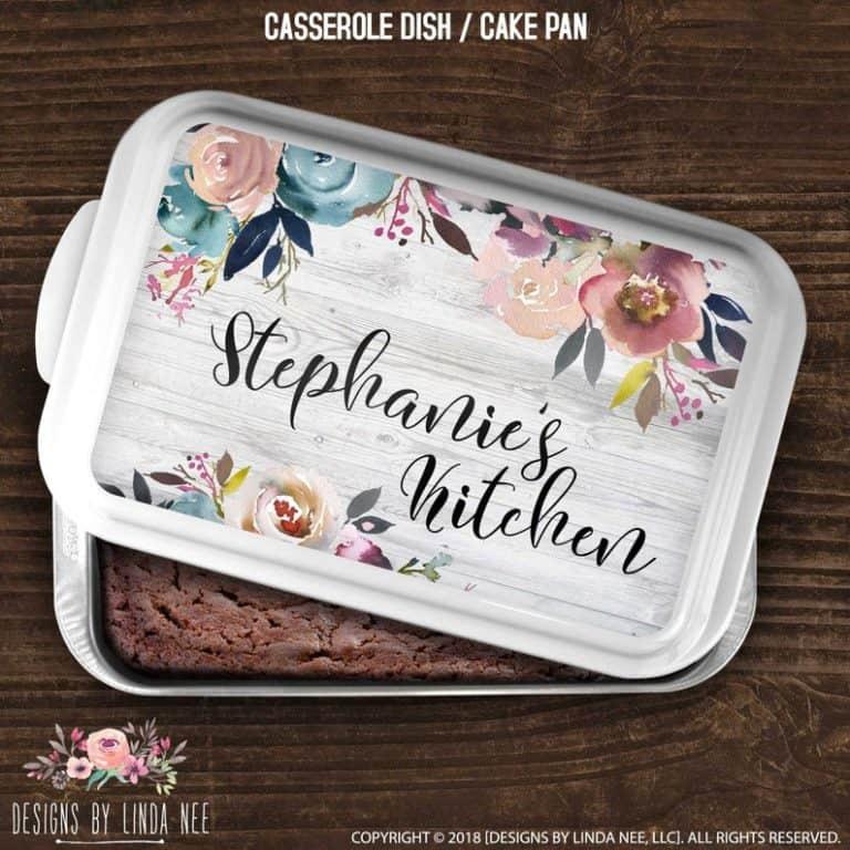 baking gift idea: personalized cake pan