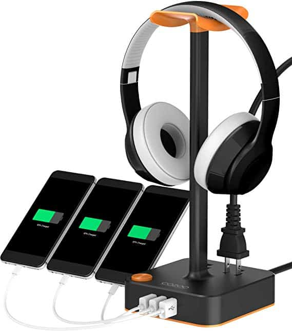 gaming accessories: headphone stand with usb chargers