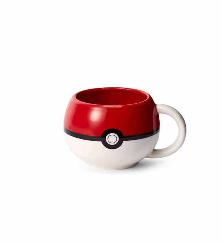 gift for nerds: pokeball ceramic coffee mug