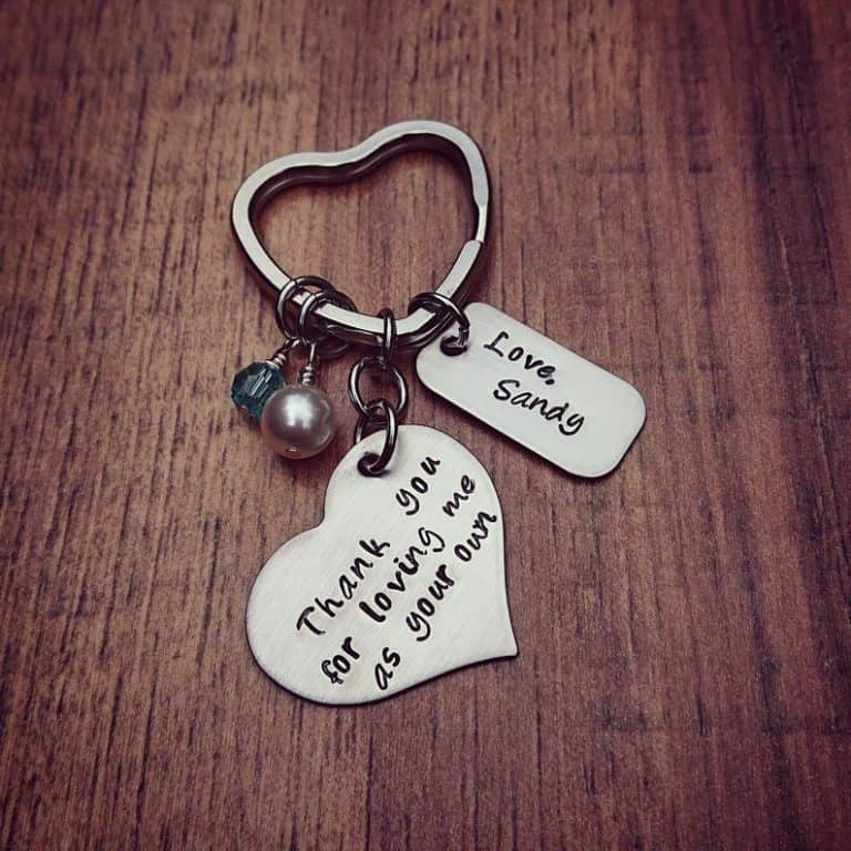 gift for stepmom - personalized keychain