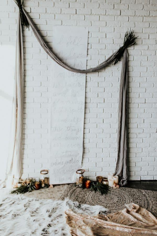 diy minimalist backdrop idea
