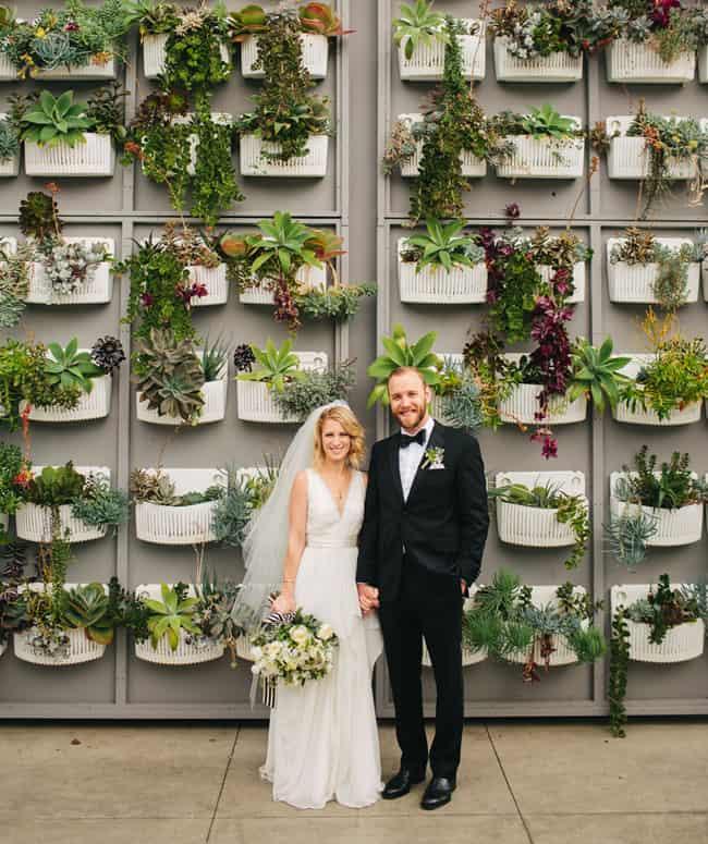 modern-organic wedding photography backdrop idea