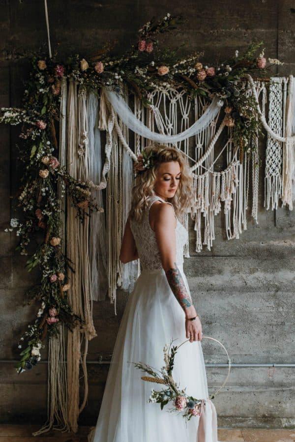 vintage boho wedding backdrop idea