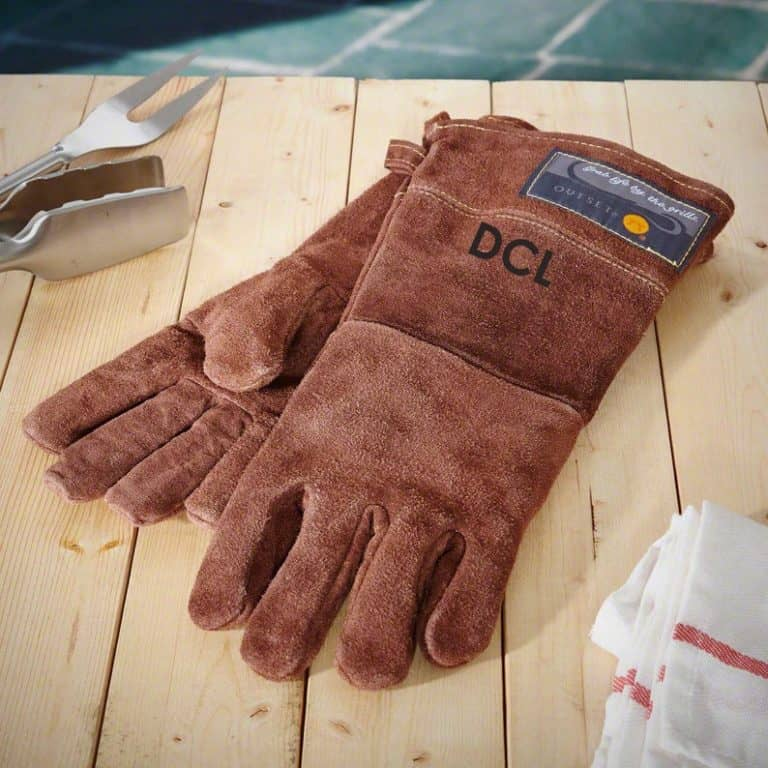 personalized grill gifts: personalized leather grilling gloves