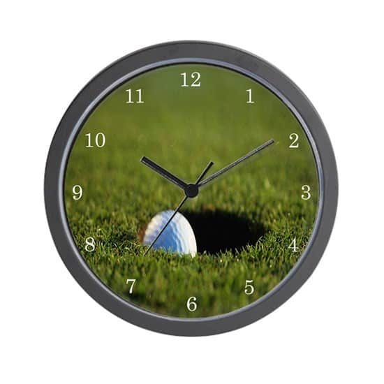 gifts for golf lovers: wall clocks