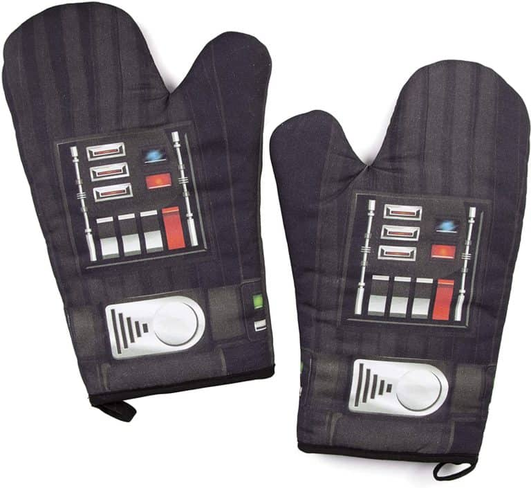 cool star wars gifts for men: darth vader oven mitts