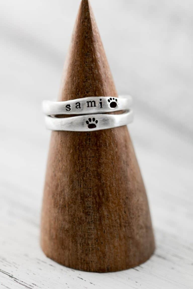 gifts for cat lover - silver memorial ring paw