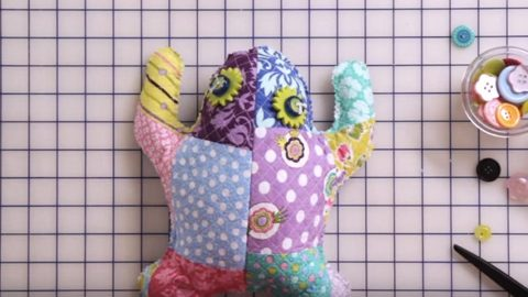 gifts for sewing enthusiasts - frogs