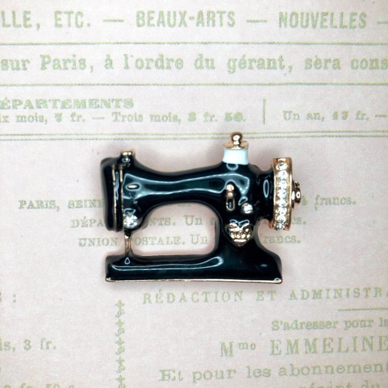 gifts for a quilter - vintage rhinestone sewing machine thread