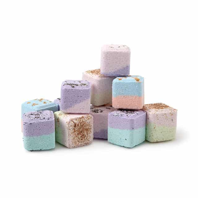 bath bomb set - beauty gifts for mom