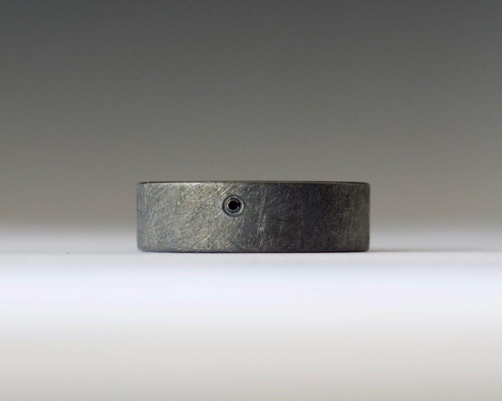 10 year anniversary gifts: black diamond ring