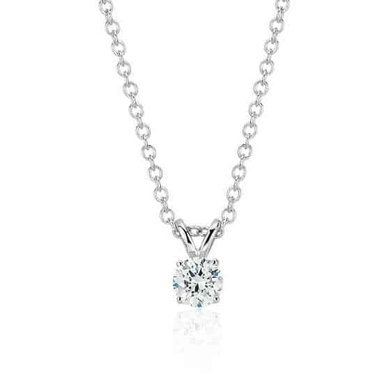 10th wedding anniversary gifts for her: diamond solitaire necklace