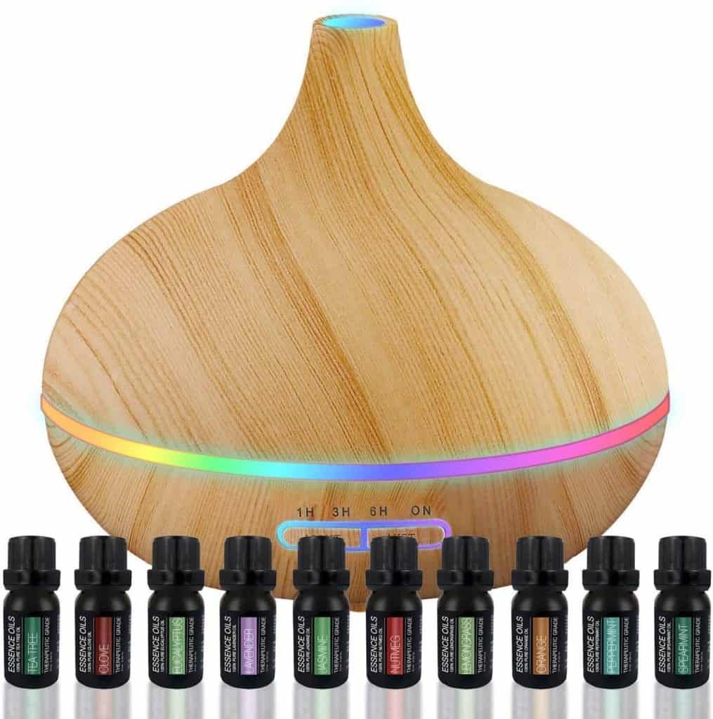 good ideas for mother's day: essential oil diffuser with essential oil set
