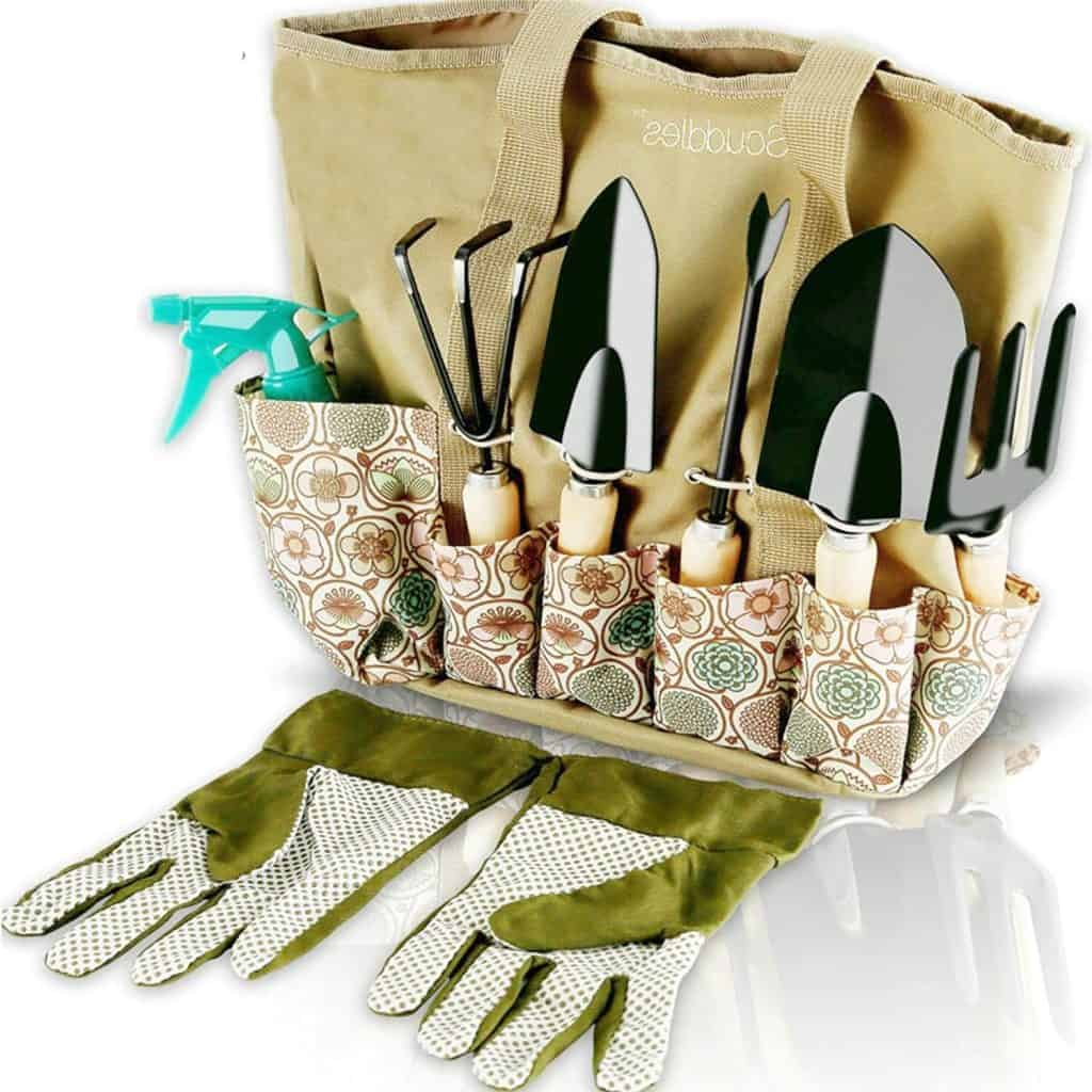 a gardening tool set