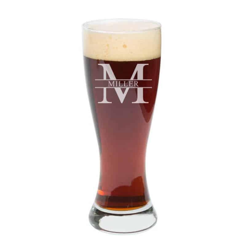 gifts for stepdad: custom pint glass