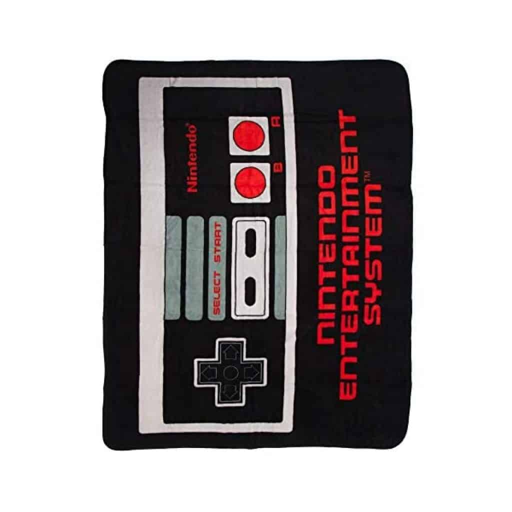 Nintendo Throw Blanket: great gift for brother-in-law