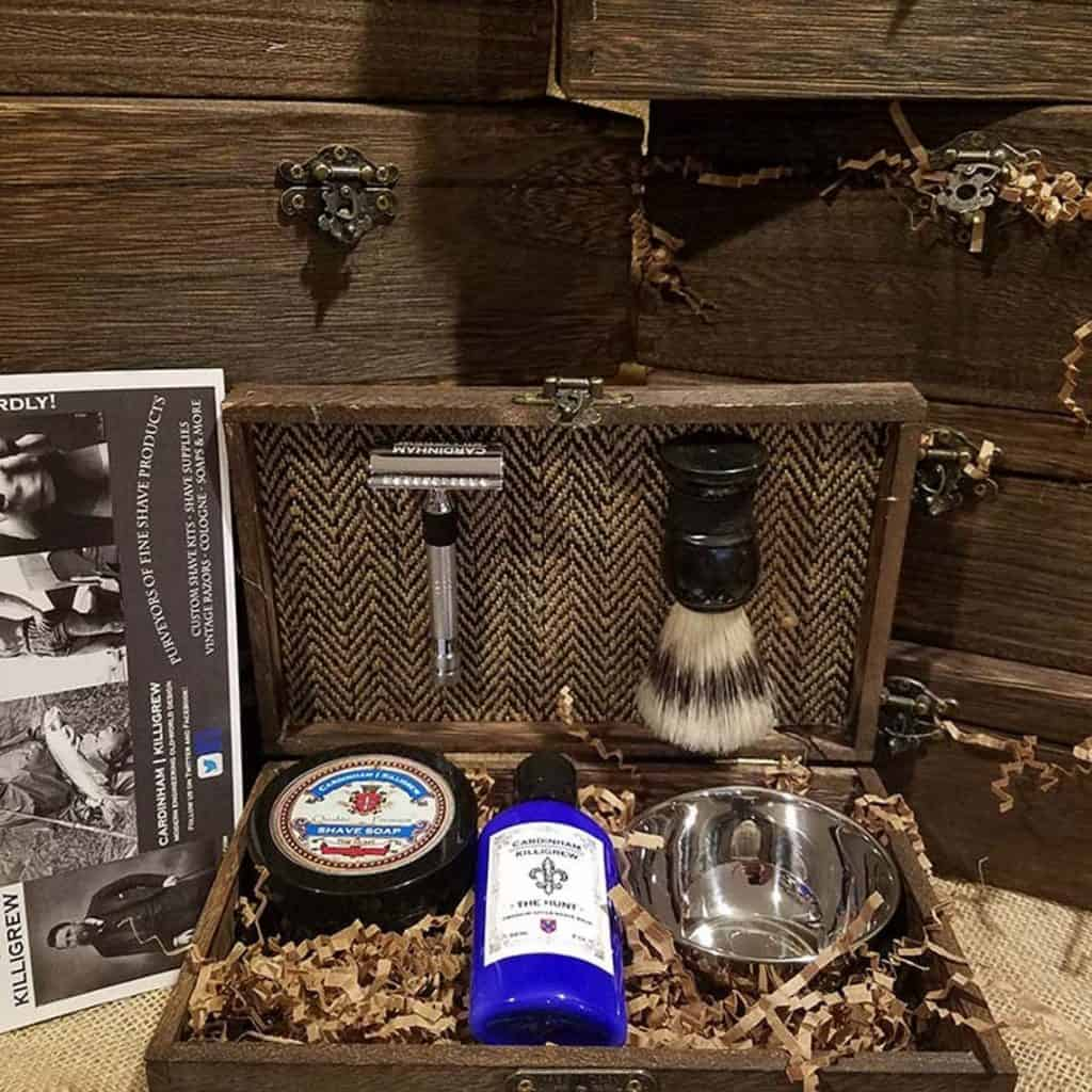 Personalized Shaving Kit: great gift for brother-in-law