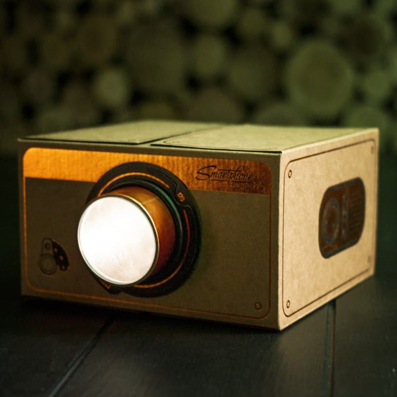 A Smartphone Projector From Firebox