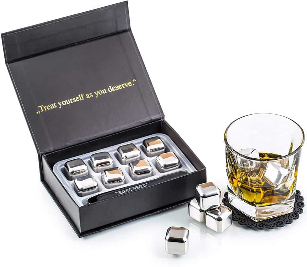 gift idea for uncle who loves whiskey: whiskey stone set