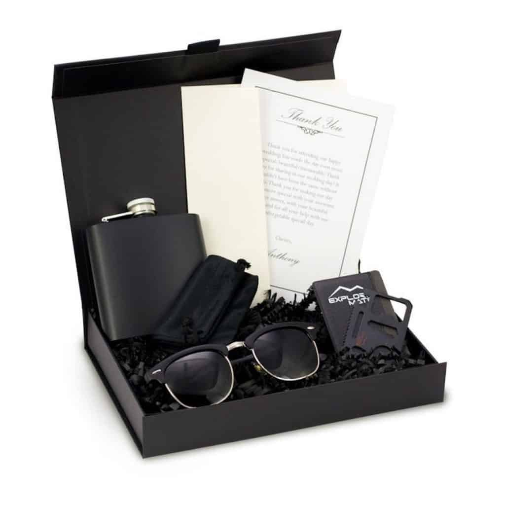 A groomsmen Gift Box