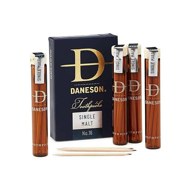 gifts for scotch lovers - scotch-infused toothpick gift set