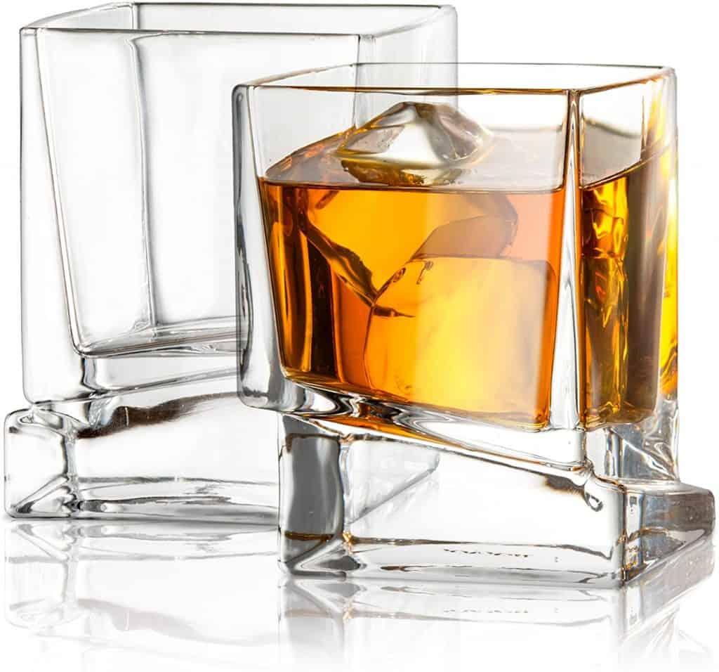 gift for scotch lover: Square Scotch Glasses