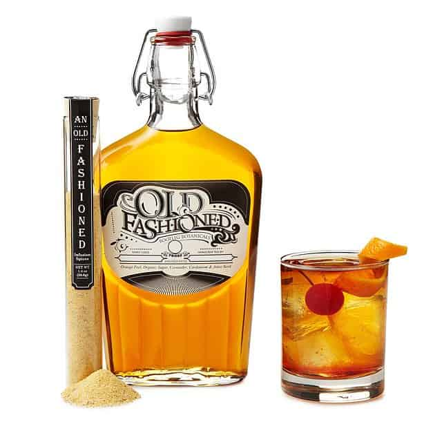 gifts for whiskey lovers: Old Fashioned Whiskey Infusion Kit