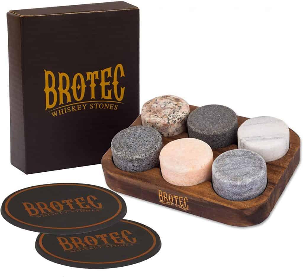 whiskey chilling stone gift set