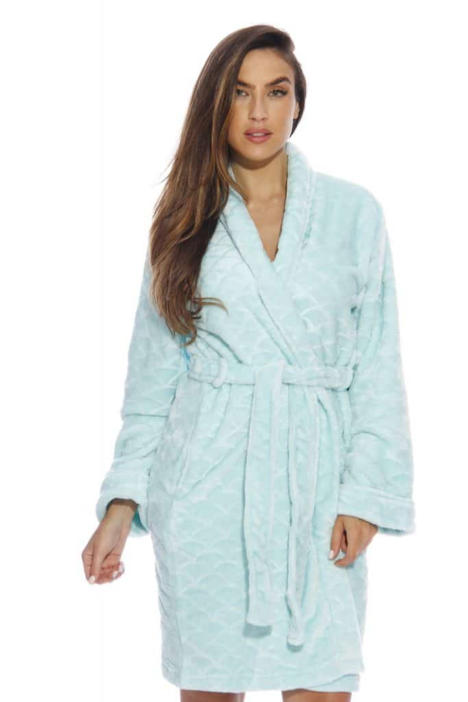 best gifts for mom christmas: Bath Robe