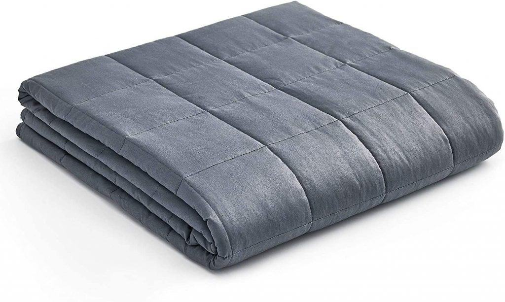 Christmas gift ideas for men: weighted blanket