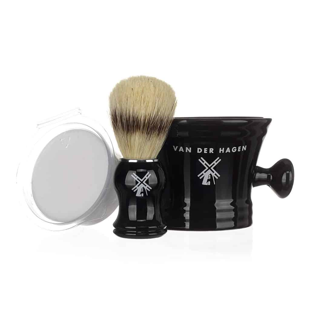 gift ideas for men: luxury traditional shaving kit