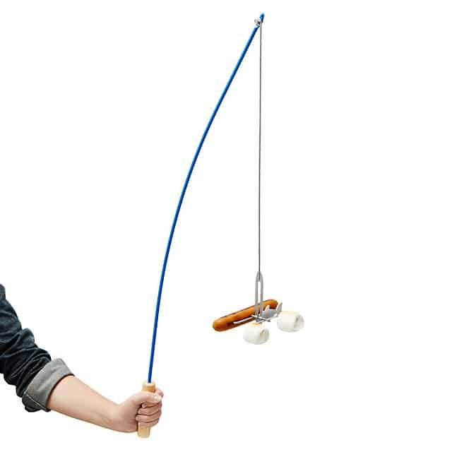 creative white elephant gift ideas: fishing pole campfire roaster