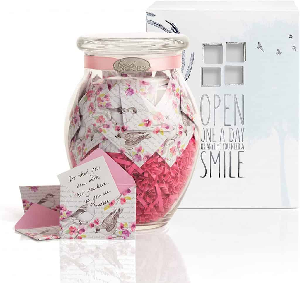 valentines gift for long distance boyfriend: jar with love messages